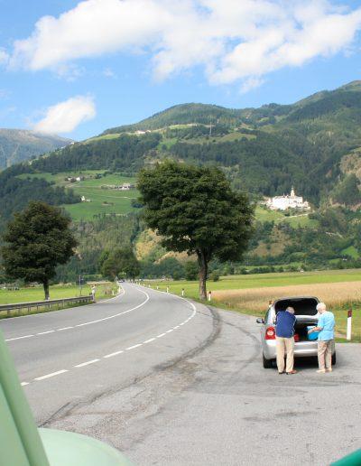 Thru die Alpen.