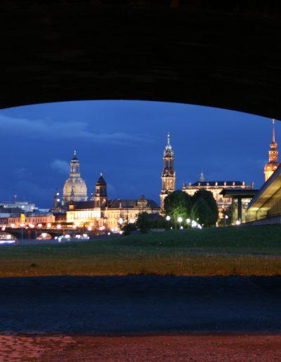 Dresden, by Nacht.